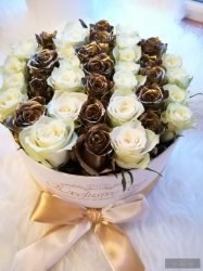 Exclusive Roses Gold & Whire Roses Box