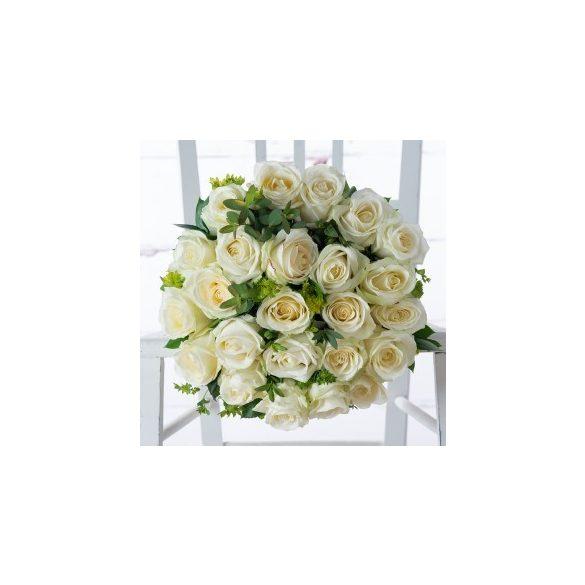 Rózsa csokor 19 szálas tört fehér színben