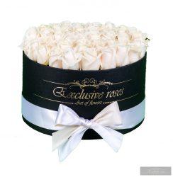 Exclusive Rózsa Box 28-30 szál Fehér Rózsa fekete Boxban